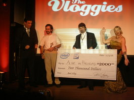 2000_check_presented_to_alive_in_bagdadj