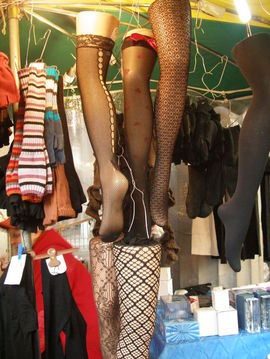 Legs_at_grenelle_market